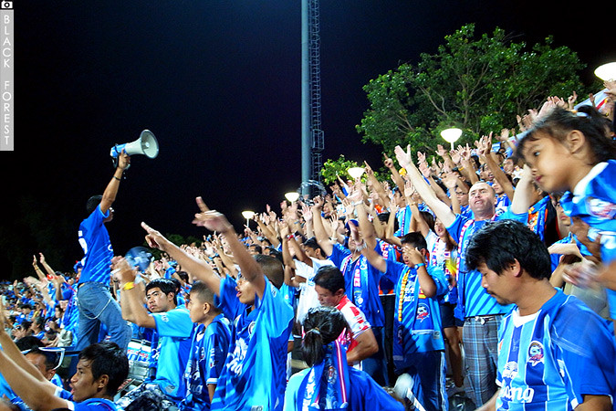 ThaiLand Premier League 2011  5772606029_ec7cd24f24_b