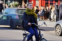Bicycle races are coming your way (os♥to) Tags: sony alpha77ii a77ii ilca77m2 february2017 bike bicycle cykel fahrrad bici vélo velo bicicleta fietssykkel rower street candid streetphotography people