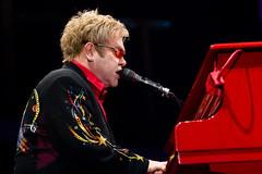"Elton John @ Hallenstadion - Zurich • <a style=""font-size:0.8em;"" href=""http://www.flickr.com/photos/32335787@N08/4017300847/"" target=""_blank"">View on Flickr</a>"
