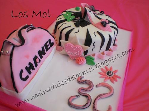 Tarta fondant zapato y bolso Chanel Mol