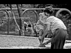 Daddy's little girl... (r a r a r a j | fotography) Tags: love girl beautiful canon blackwhite little candid father daughter rrr care blacknwhite babyshower daddys lightroom cs3 daddyslittlegirl rathan rebelxti rararaj