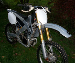 CDale_7 (MtnBkr2009) Tags: bike offroad mountainbike cycle motorcycle dirtbike cannondale motocross rare c440 fuelinjected