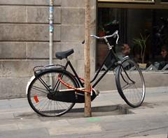 bicycle in bcn (Jorge Jurado) Tags: barcelona españa bicycle spain bcn bicicleta barna