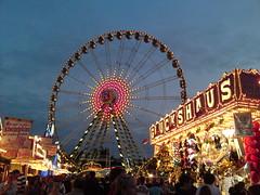 Wheel of Fortuna (PartyloeweNo1) Tags: wheel fun big fair ferris dsseldorf kirmes f95 fortuna riesenrad kermis oberkassel rheinkirmes