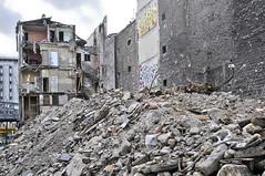 2009-12-05_Paris 18-rue Cailli (aalek) Tags: hotel destruction traces rue 75018 chantier dchets recyclage gitans rcup blek restes tmoin cailli spoir jeak
