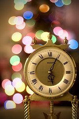 COUNTING DOWN THE HOURS (wbsloan) Tags: christmas blue red orange holiday tree green 20d clock yellow oregon canon 50mm lights colorful time bokeh springfield 18 504