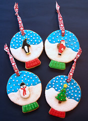 Snow Globe Sugar Cookie Ornaments (kellbakes for Baking911) Tags: snowglobe sugarcookies christmascookies royalicing cookieornaments snowglobesugarcookies