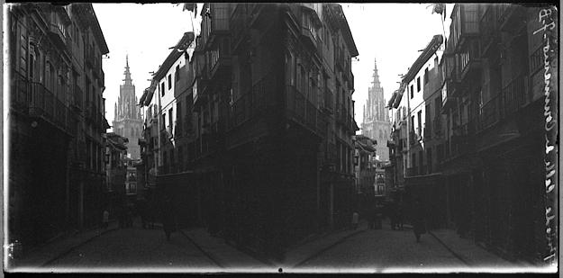 Calle Comercio hacia 1910. Fotografía de Charles Chusseau-Flaviens. Copyright © George Eastman House, Rochester, NY