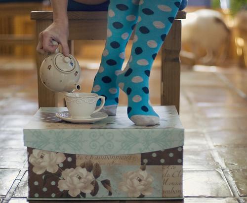 Bench Monday - Tea Time Edition!  {25/365}