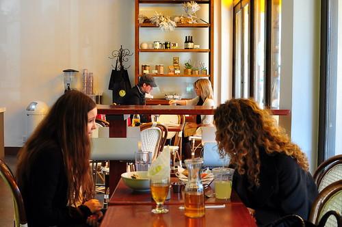 M CAFE PATRONS