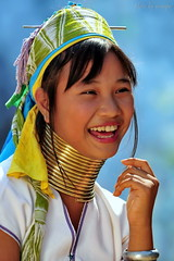 Ma Shi (nawapa) Tags: travel portrait woman girl thailand mujer live burma tribal k
