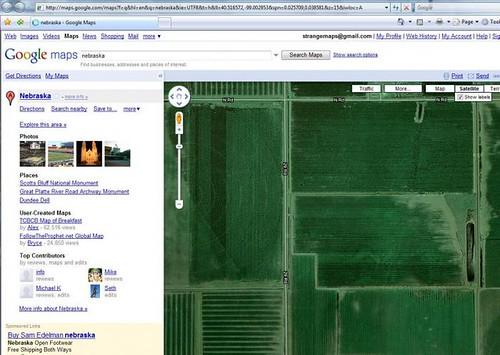 somewhere in Nebraska (image captured by Adam Kommel via Strange Maps)