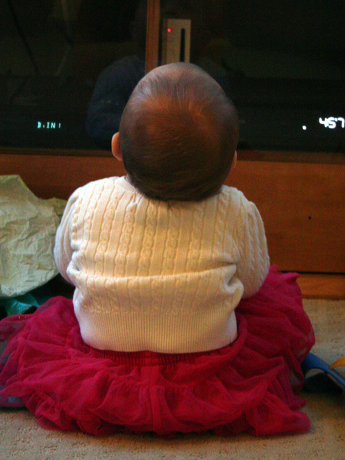 Tutu sitting