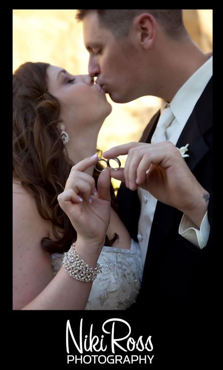 ring-kiss