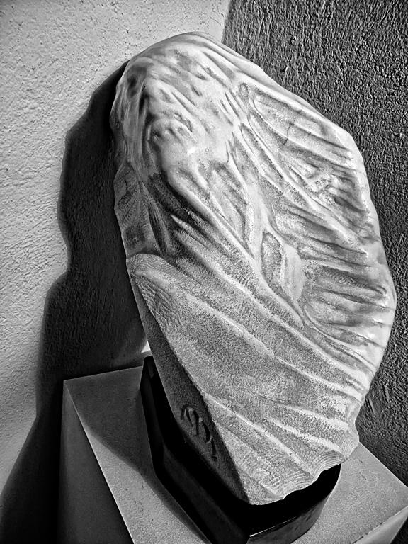 Una Escultura Impresionante + García Alix