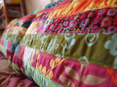 new pillows (joontoons) Tags: quilt pillow kaffefassett annamariahorner stringquilt quiltedpillow improvquilt