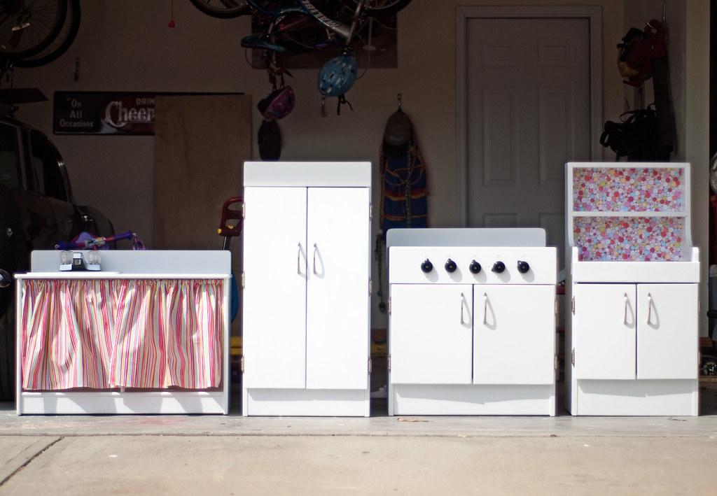 1 kitchen finished