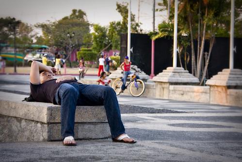 Ang mama sa plaza