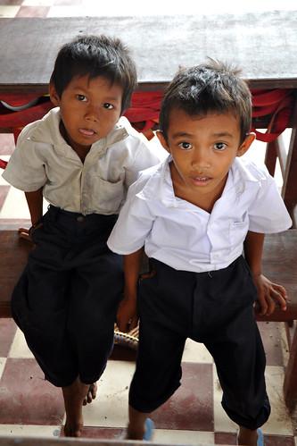 CambodianSchoolChildren3