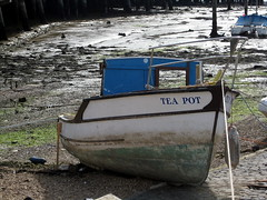 Identity crisis (bobfranklin) Tags: boat mud rope portsmouth teapot lowtide thehard