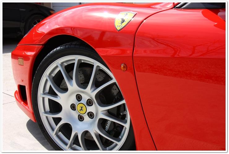 Ferrari Challenge Stradale wheel