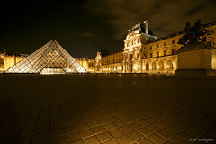 Louvre (rbpdesigner) Tags: longexposure light paris slr luz museum night canon lights luces europa ledefrance museu nightshot louvre lumire culture frana muse noturna nocturna noite 5d luci luzes museo nuit nocturne cultura luce palaisdulouvre parijs lumires pars nachtaufnahme parigi longaexposio musedulouvre thelouvre champslyses pirmide louvremuseum pary parys    famousplace llens canoneos5d  pariis museudolouvre internationallandmark 1erarrondissement canonllens museodellouvre parizo 1arrondissement  lentel grandlouvre lapyramideinverse canonef1635mmf28liiusm 1635mmf28lii velhomundo pirmideinvertida greatlouvre velhocontinente palciodolouvre pars