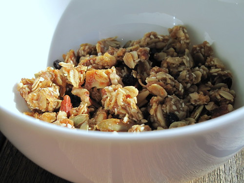 The Best Homemade Granola Ever