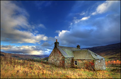 Sheppards Cottage - Glen Quaich (angus clyne) Tags: autumn roof winter wild chimney fall abandoned broken window scotland sheep calendar decay heather empty cottage perthshire glen bracken slate loch sheppard desolate uninhabited deserted dung flikcr slates freuchie quaich sheepshit glenquaich twelvemonthsonthewall