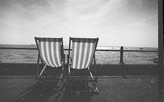 oh thank you scanner (luns_spluctrum) Tags: england film nikon deckchair f 1130 pan 50 rodinal essex ilford southend fm2 panf 24mmf28af