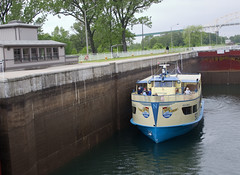 Tour Boat in the Lock, Sault Ste. Marie, Ontario (DigitalDug) Tags: ontario saultstemarie saultcanallock