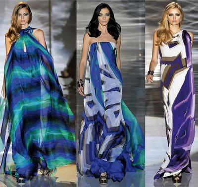 vestido azul longo com estampa