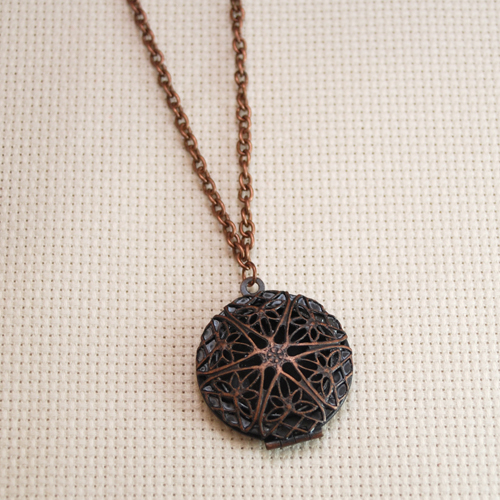 filigree locket