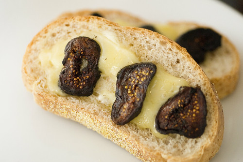 Wheat Bread with Brie and Sauteed Figs