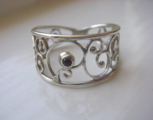 Swirl Garnet ring 3