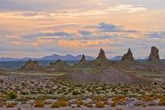 Erie Landscapes - Pinnacles of Trona California (Darvin Atkeson) Tags: california usa lake america sunrise us rocks desert dry mojave tufa formations pinnacles pinnacle ridgecrest searles trona darvin atkeson  darv   liquidmoonlightcom