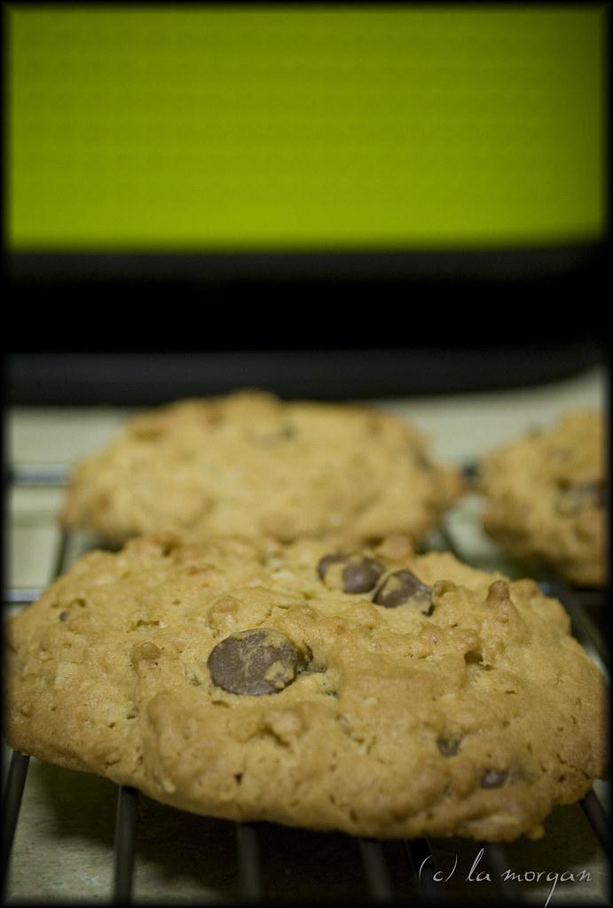green & cookies