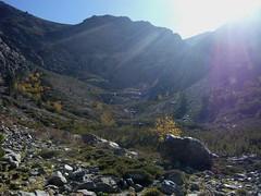 En montant vers la cascade entre les bergeries de Riviseccu et Spicie