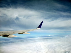 Flying over the Clouds ((^_~) [MARK'N MARKUS] (~_^)) Tags: clouds flying over 200v