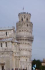 Puff!! Puff!! Ma quanto pesa?! (cocciula) Tags: torre pisa toscana domenica pendente puffo uniss pzzadeimiracoli censimentodaino