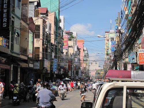 D Bui Vien street scene