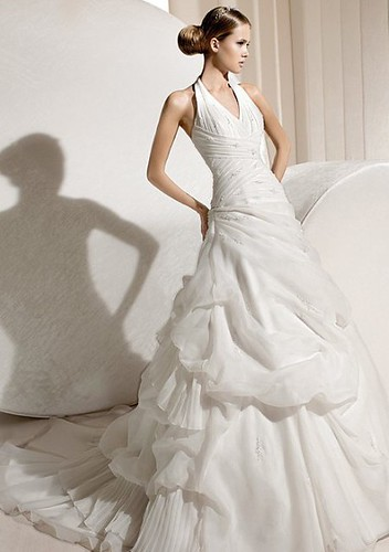 formal maternity dresses Organza Neckholder Wedding Gown competitive