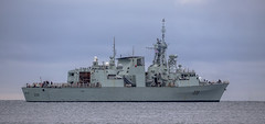 HMCS Winnipeg (Paul Rioux) Tags: canada canadian armed forces royalcanadiannavy military marine ship vessel frigate warship hmcs winnipeg outdoor naval prioux