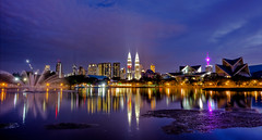 KL skyline (Jhaví) Tags: kualalumpur malaysia titiwangsalake travelmalaysia night reflections lago skyline noche water agua reflejos luces color colours asia malasia ciudad city torrespetronas