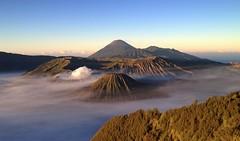 Mount Bromo sunrise (PeterCH51) Tags: java indonesia mount bromo volcano sunrise morning scenery landscape peterch51 iphone gunungbromo gunung tosari jawatimur eastjava penanjakan mountbromo batok semeru segarawedi seaofsands tenggercaldera cemorolawang caldera