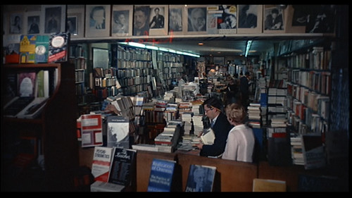 RB - 027a - Bookstore