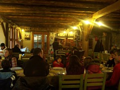 a  restaurant in Beypazar.. (Tulay Emekli) Tags: trip travel family light vacation people food dinner rural turkey festive restaurant cozy candid interior rustic decoration restaurants bistro meal happytimes diners authentic dinnertable touristattractions anatolia decorated bayram beypazar familygathering ambiance dolma wininganddining kodakcx7330 stuffedgrapeleaves sarma homemadefood interiorshot bakr stuffedvineleaves yapraksarmas yapraksarma etliyapraksarma authenticfood vintagevenue vineleavesstuffedwithmincedmeat yalancdolma authenticrestaurant bakrkap