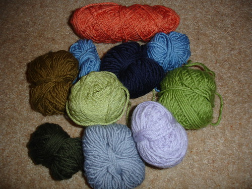 yarn for flower brooch