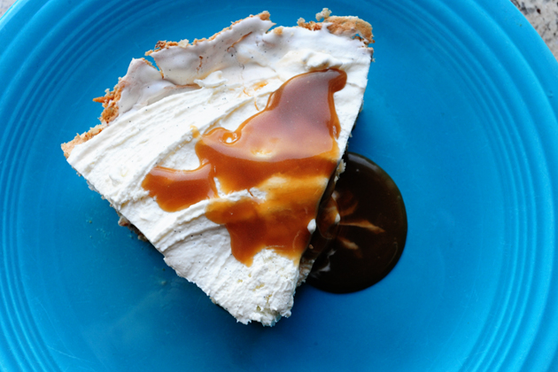 Ice Cream Pie With Easy Caramel Sauce The Pioneer Woman | Star Travel ...