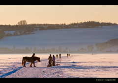on ice (stella-mia) Tags: road winter sun cold ice norway sunrise evening frost vei hamar eveninglight mjsa 70200mm snowroad hedmark domkirkeodden hightlight helgya hedmarksmuseet 5dmkii lakemjsa snvei annakrmcke nesandhelgya