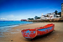 Zanzibar City: the beach (Photos On The Road) Tags: africa sea beach landscape tanzania boat zanzibar 5photosaday zanzibarcity flickricious365